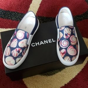 Chanel Low cut sneakers